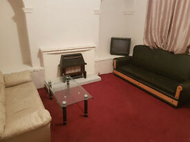 ONE Bedroom, FURNISHED, THROUGH House To Let In Bradford 5, West Bowling Area