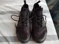 Nike Air womens trainers - size 5