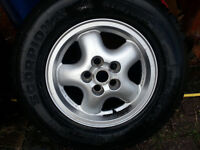 Discovery Wheels and Tyres 255/65/R16 set of four