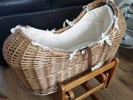 Moses basket & rocking stand & bouncer
