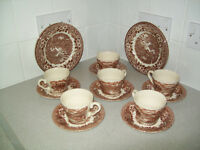 English Ironstone Tableware Total of 532 Pieces