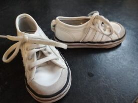 Adidas trainers size 7 infants
