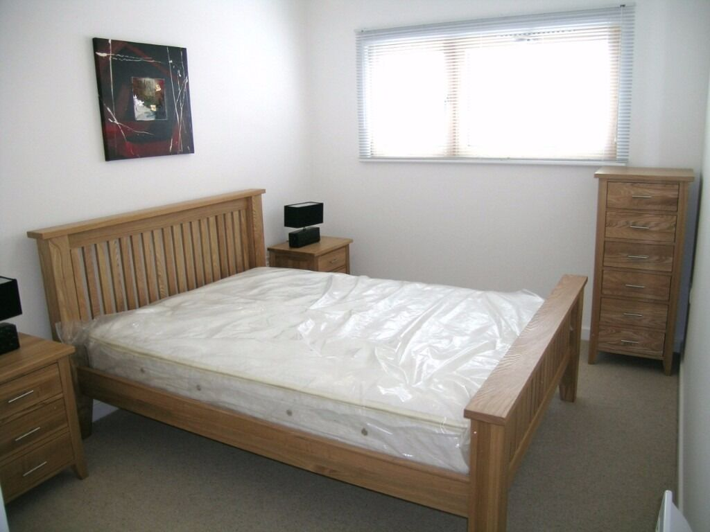 - Fully refurbished property with private balcony next to Barking station only £230pw!
