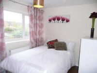 ✨Double room close to station in Caversham✨