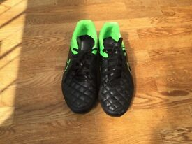 Boys Nike moulded studs football boots size 5/38