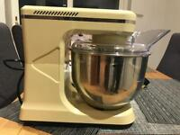 Electronic stand mixer