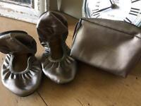 Cocorose fold away shoes