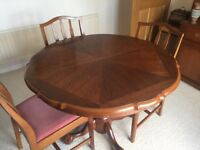 Perfect condition table chairs and dresser / cash only on pick up