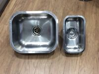 2 Under mount stainless steel sinks