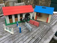 Julip stables, jumps, horses + accessories