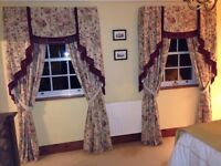 2 Pairs of Curtains, Pelmets, 1 x Kingsize Bedspread & 5 x Scatter Cushions, All Hand Made