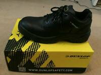 Safety Dunlop shoes men size 8