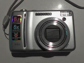 Digital Camera - Samsung S85 - Includes User Manual & Samsung Case