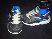 Nike trainers 2 pairs