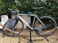Boardman cb team road bike (hardly used)