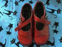 Stunning Star-rite red girls (child) shoes size 7,5
