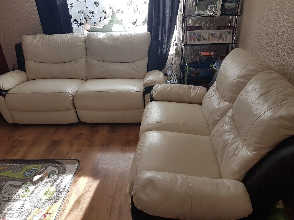 Black And White Leather Sofas Recliner Sofas Scs 3 And