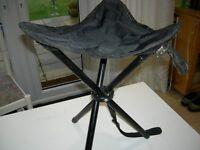 folding fishing stool