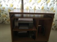 Solid light wood computer desk with pull out table
