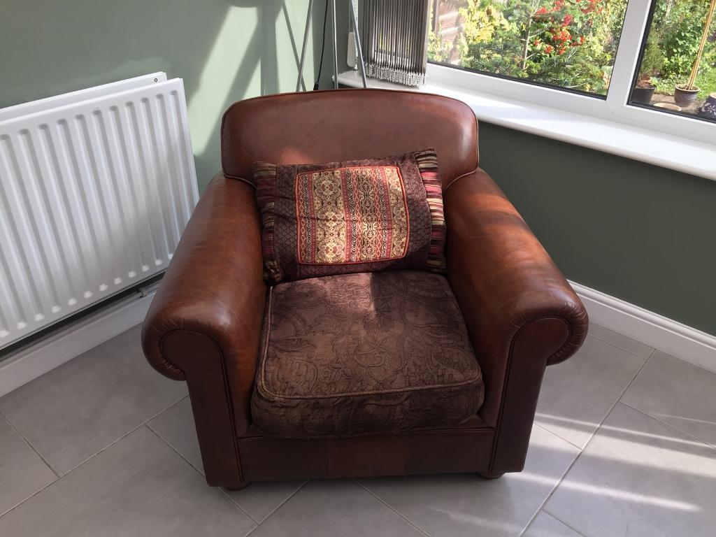Tetrad Churchill Chair