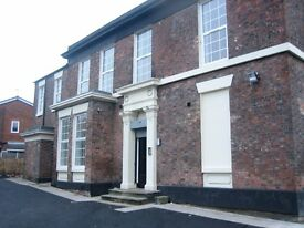 2 bed semi furnished apt to rent with parking near to centre of Liverpool