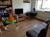 Modern Ground floor 2-bed apartment with off-street parking and large garden