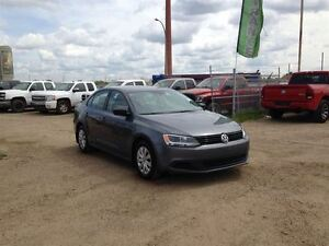 2013 Volkswagen Jetta 2.0L Trendline!! Low Monthly Payments!! Ap