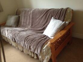 PINE FUTON / DOUBLE BED