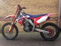 Honda crf 250! 2010 fuel injected! 2750 ono