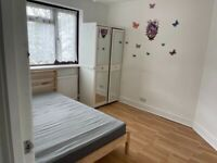Spacious 3 bed house in Manor park part dss welcome