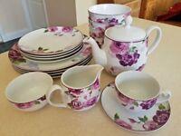 Porcelain Floral Dinner/Tea crockery set