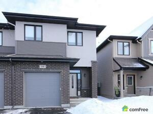 $399,900 - Townhouse for sale in Kanata