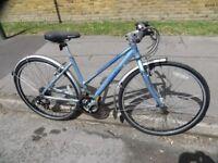 Pinnacle Ladies Hybrid / Road Bike