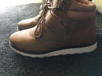 Chuka boots cheap size 9