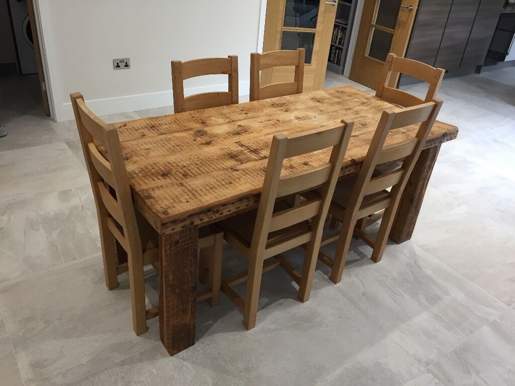 Solid oak farmhouse dining table and 6 chairs in high for Oak farmhouse kitchen table and chairs