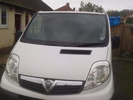 vivaro 2008 diesel panel van reduced £2300