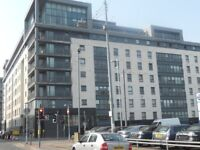 ** STUDENTS STUDENTS STUDENTS -MODERN 3 BEDROOM FLAT - WALLACE STREET £1150-AVAILABLE 31ST AUGUST **