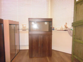 brand new 2ft vivarium and cabinet in wallnut