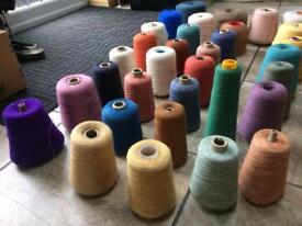 33 knitting yarn bobbins 19kg approx. 4ply