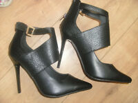 PRIMARK BLACK STILLETO SHOES / HIGH HEELS SIZE 7 NEW