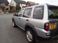 Excellent condition, air con, leather interior, heated seats, tow bar, DAB digital radio,
