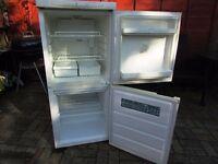 fridge freezer,nice clean fridge