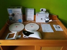 Motorola Digital Video Baby Monitor & BabySense Bundle MBP26