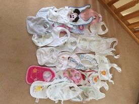 40 Baby bibs with various patterns in excellent condition as hardly used