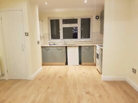Newly Renovated - Spacious 2 bedroom Flat - Langley, Berkshire SL3 8TZ Slough - Fully Furnished