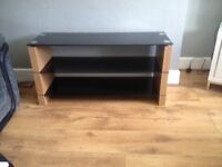 Immaculate solid oak tv stand