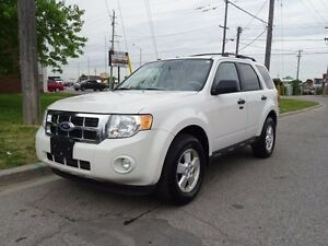 2010 Ford Escape 4wd.4cyl,Sunroof.Mircrosoft Sync.