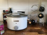Brand new 4.5l CrockPot slow cooker (used once)