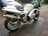 2000 Triumph Daytona 955i crash damage £850ono