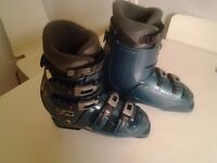 Nordica N XT 77 ski boots. Free to good home.
